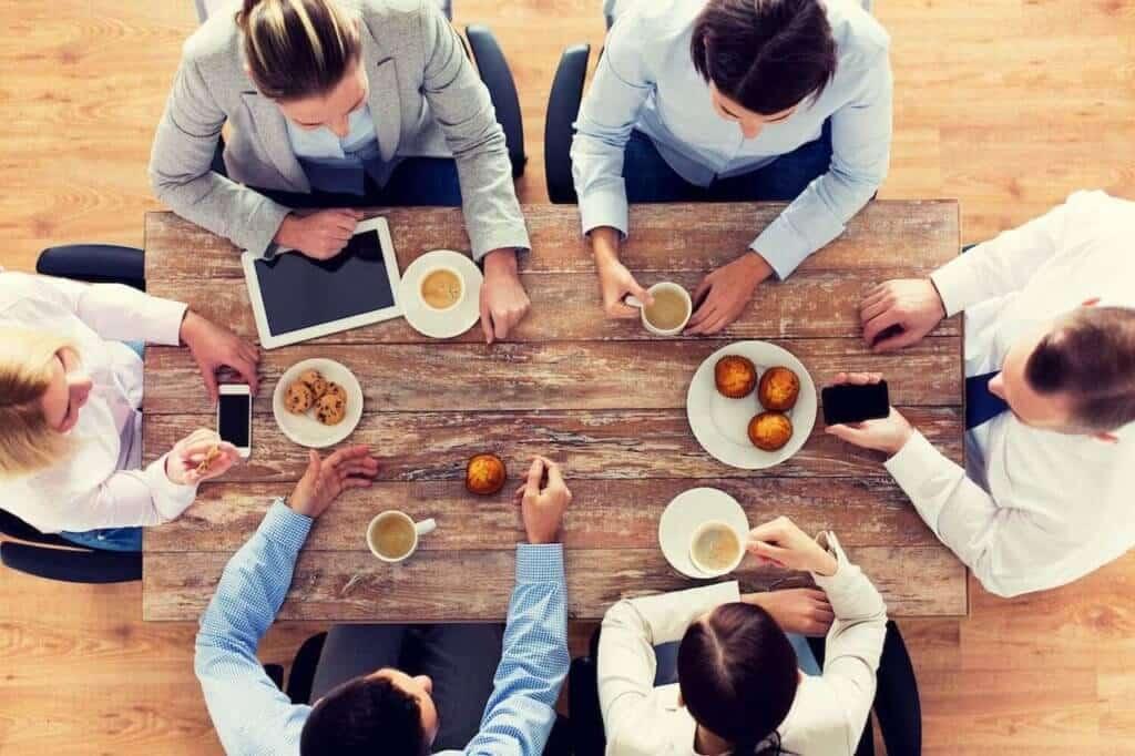 La solution café entreprise. Faite plaisir à vos collaborateurs en leur offrant un café de meilleur qualité, écologique, tout en diminuant vos coûts cafés